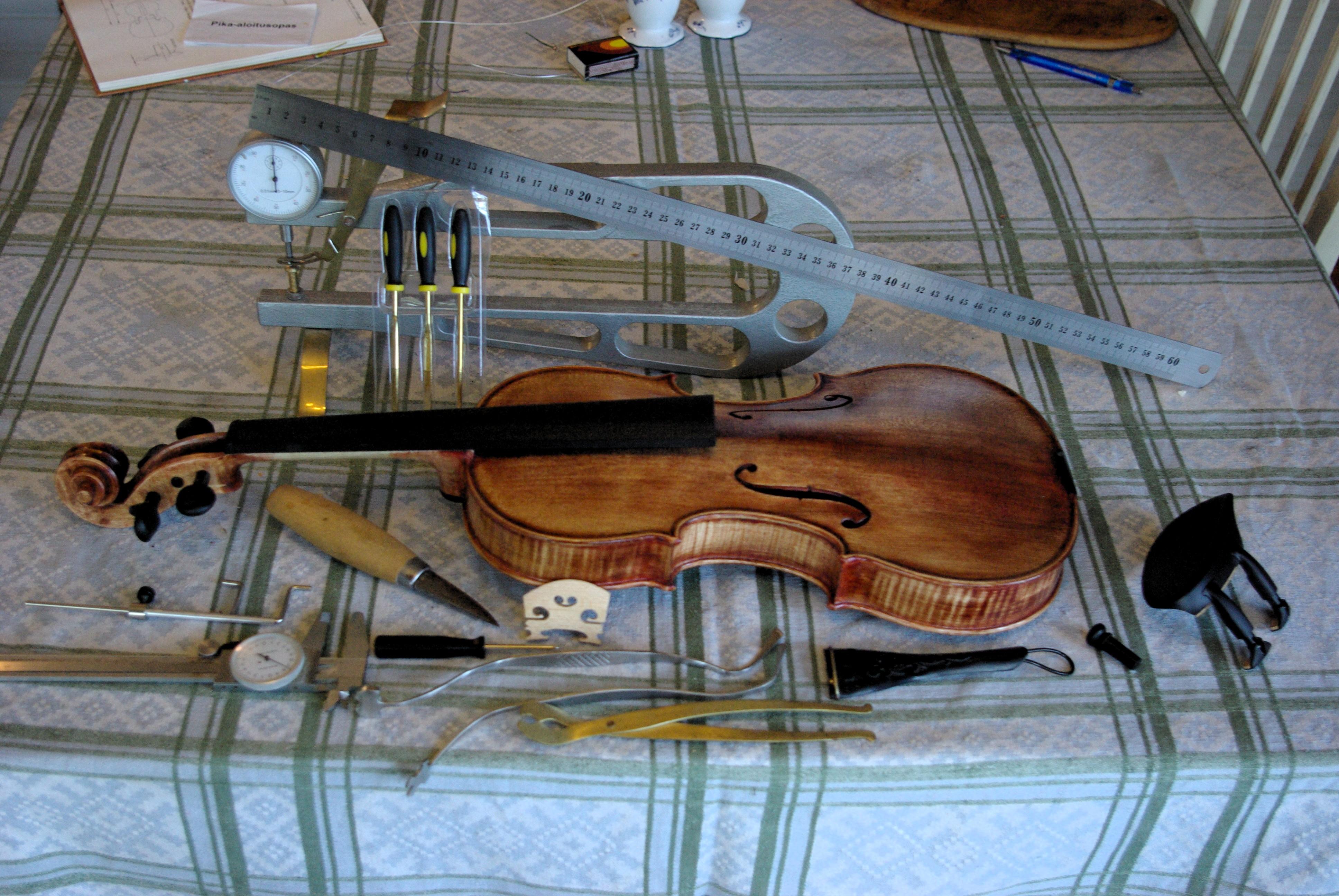 Stulen stradivarius fiol aterfunnen efter 35 ar